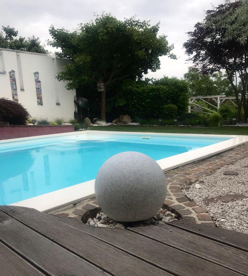 Garten Kugelleuchte Garden Ball in Steinoptik kaufen