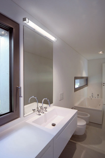 Wandlampe spiegel interesting with wandlampe spiegel badezimmer wandlampe openbm spiegel fr - Barra led bagno ...