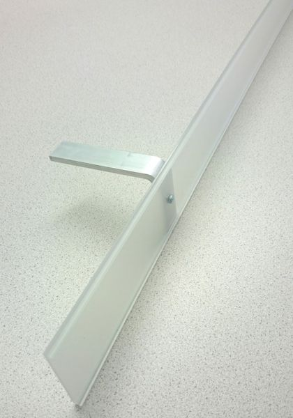 Antiglare frame for Veroca light sails