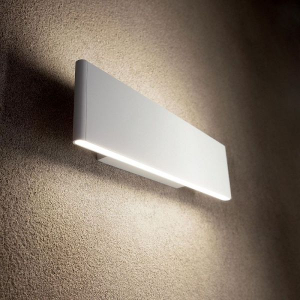 Ideal Lux flat LED wall lamp Desk