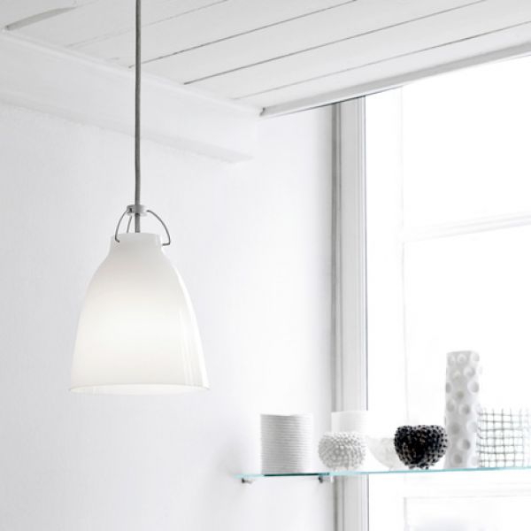 Lightyears Caravaggio opal white pendant lamp